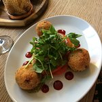 beetroot and goats cheese arancini
