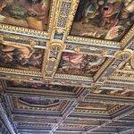 Soffitto in una delle tante immense sale di Palazzo Vecchio