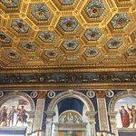 Fantastiche decorazioni in una delle tante sale di Palazzo Vecchio