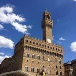 Palazzo Vecchio visto da Piazza della Signoria