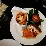Foto de The Field Bar and Restaurant