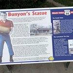 Foto Paul Bunyon Statue