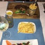 Foto di White in White Beach Club & Restaurant