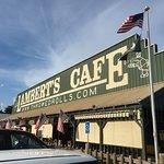 Foto de Lambert's Cafe III