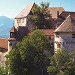 Foto Schenna Castle and the Mausoleum
