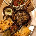 Liondi Traditional Greek Restaurant의 사진