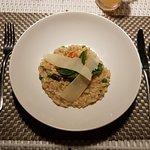 Foto de MAHAMAYA Gili Meno Restaurant