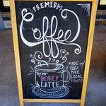 Sustainable pure honey lattes!