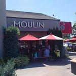 Moulin Bistro - Epicerie - Cafe의 사진