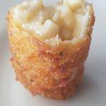 This mac n cheese tot is to die for! Very good!!!