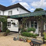 The Squirrel Inn resmi