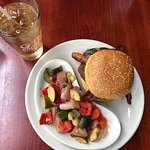 ROUNDHOUSE BURGER with veggies and Cream Soda