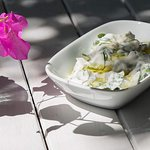 Yoğurlu semizotu / Purslane in garlic yogurt