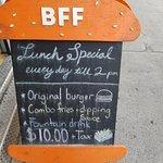 صورة فوتوغرافية لـ Burgers n' Fries Forever