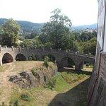 Most před zámkem