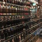 Världens största samling av ölflaskor.