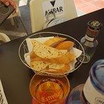 Foto de La Bicicleta Tapería Cafetería