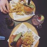 Rock Me Burgers & Bar의 사진