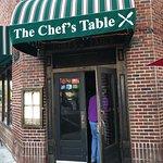 Foto de Chef's Table Restaurant
