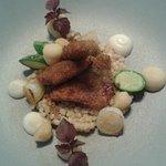 Souris d'agneau braisée, couscous M'hamsa, légumes glacés et jus de cuisson aux épices chermoula