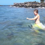 Koupání letos úžasné, v teplé vodě a v čistém a klidném oceánu.