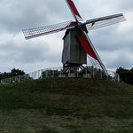 صورة فوتوغرافية لـ Sint-Janshuismolen