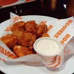 Hooters: Hot wings