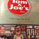 Foto de Tom & Joe's Restaurant