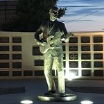 Foto van Buddy Holly Statue and West Texas Walk of Fame