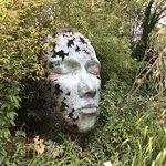 Photo de Sculpture by the Lakes