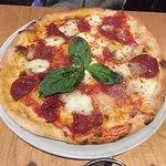 Foto Origins Wine Bar & Wood Fired Pizza