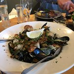 Shellfish Platter with simply huge Crevettes at the bottom