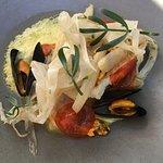 Poisson selon le marché, quinoa vert, moules de Bouchotn chorizo et fenouil