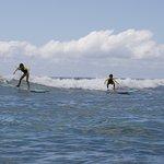 Foto van Uncle Bryan's Sunset Suratt Surf School