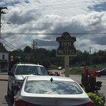 Foto de Evangeline Motel and Inn Cafe