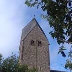 صورة فوتوغرافية لـ St. Mary's Church (Sompting Parish Church)