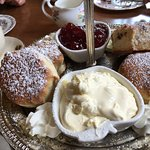 Freshly make scones 👍