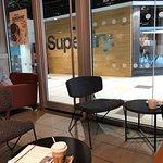 صورة فوتوغرافية لـ Starbucks Waverley Steps