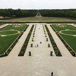 Les jardins - vue du château
