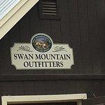 Photo de Swan Mountain Outfitters