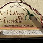 Photo de La Bottega dell'Oliva Ascolana