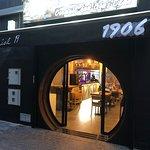 Un nuevo sitio en la zona del puerto para disfrutar de su comida y su gran repertorio de bebidas