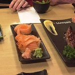 Edamame, Salmon Sashimi, Eel - yummy!!