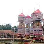 kettukazhicha (temple festival)