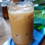 Foto de Seniman Coffee Studio