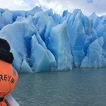 Navegación en Lago Grey- Parque Nacional Torres del Paine