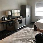 Holiday Inn Calgary Airport Photo