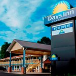 ‪Days Inn by Wyndham Charles Town‬