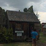 Pioneer Bush Hut