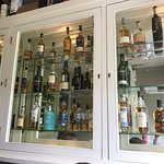 Foto de Louie Brown's Bar Kitchen & Deli